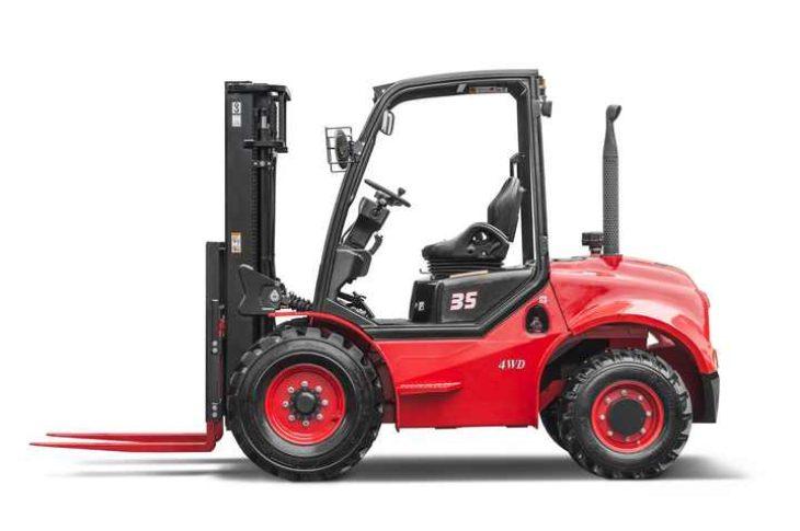 Внедорожный дизельный вилочный погрузчик 2.5 тонны 4WD